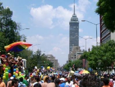 sesso gay in città