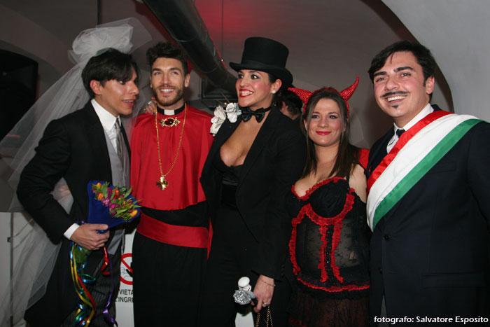 Valerio Pino e il (finto) matrimonio gay