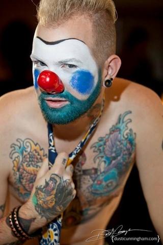 Paura dei clown? Perché non li avete mai visti così sexy