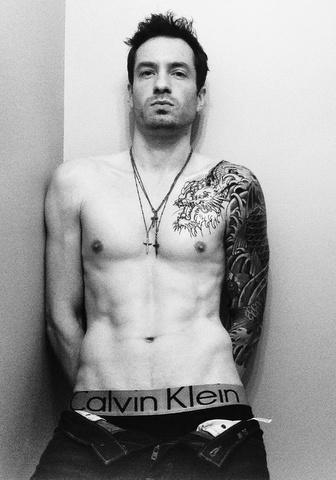 #Mycalvins: tutti in mutande per la campagna social di Calvin Klein