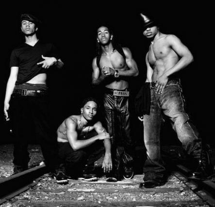 Boy band (quasi) nude: le riconoscete tutte?