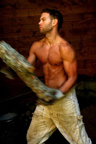 50 lavoratori sexy che vorresti con te durante la settimana
