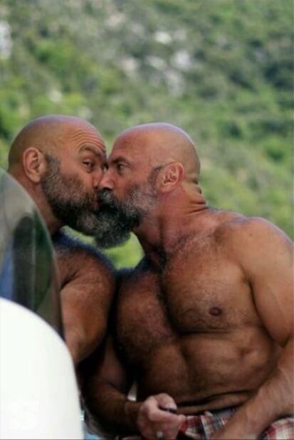 """Quando i fidanzati sono \""""gemelli\"""". Le coppie gay più belle"""