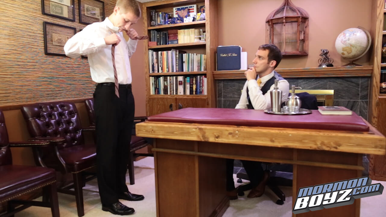 Porno gay e mormoni: un intero sito dedicato ai religiosi in cravatta