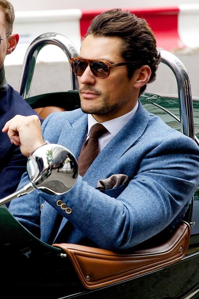 """Fabuleux Uomo: 150 anni di stile in 30 """"iconic"""" AK42"""