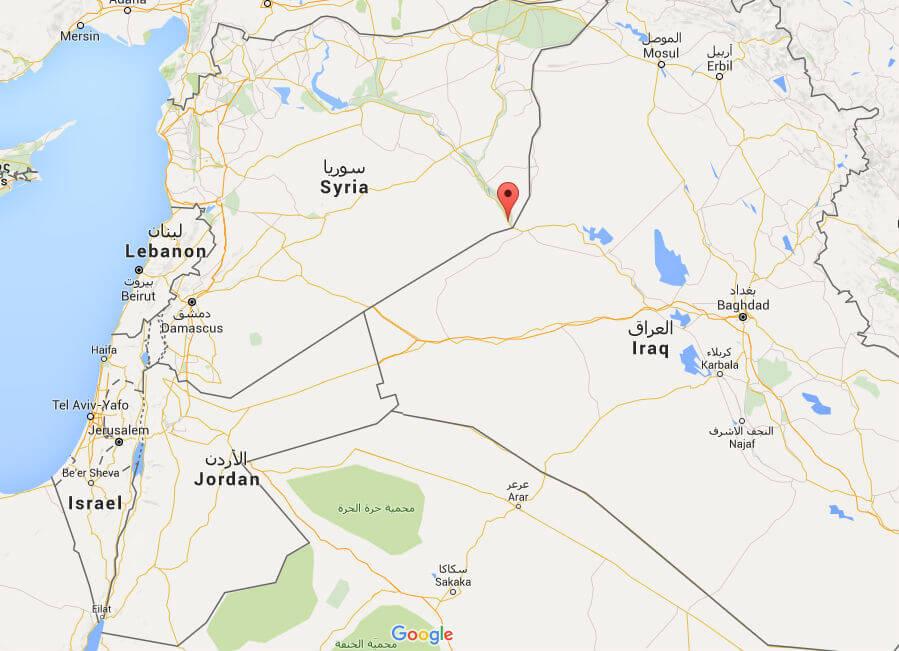 L'ISIS condanna a morte un gay: le immagini shock
