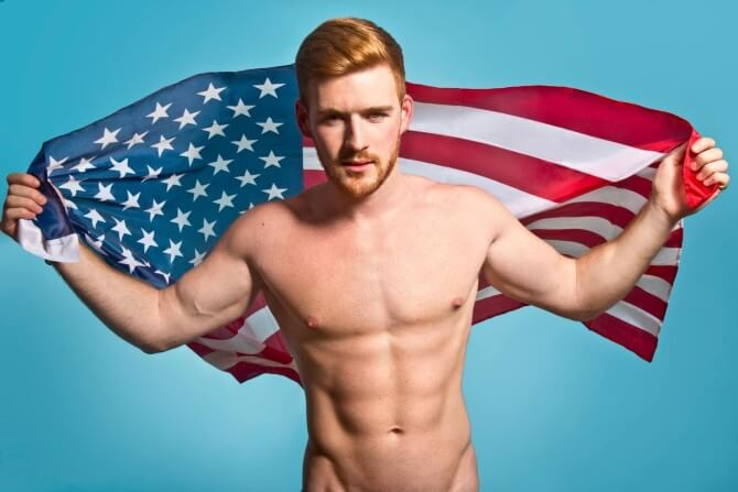 alex_mountain_prevenzione_HIV_AIDS_pop_up_kissing_booth