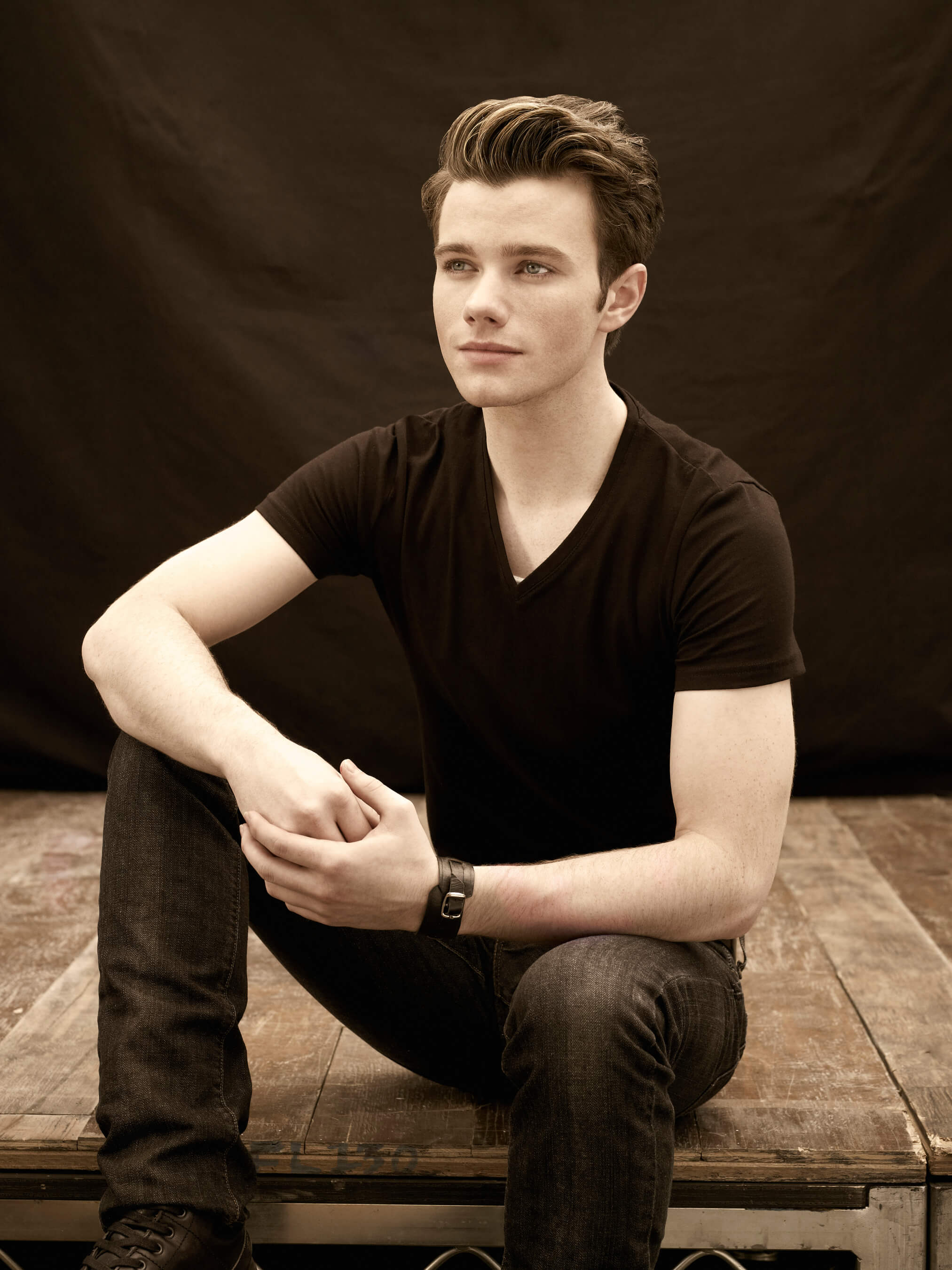 chris_colfer_kurt_di_glee_in_ab_fab_the_movie