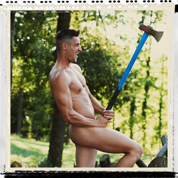 hell_boys_2016_calendario_backstage_modello_nudo
