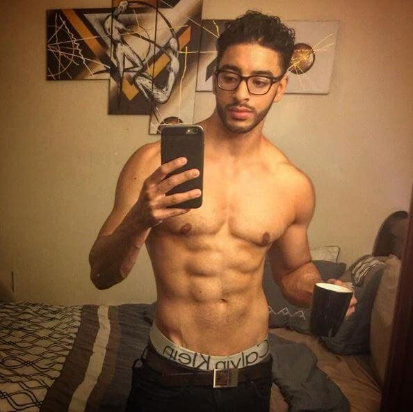 laith_ashley_de_la_cruz_transgender_model_calvin_klein_glasses
