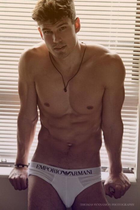 Bernardo_Arriagada_armani_underwear