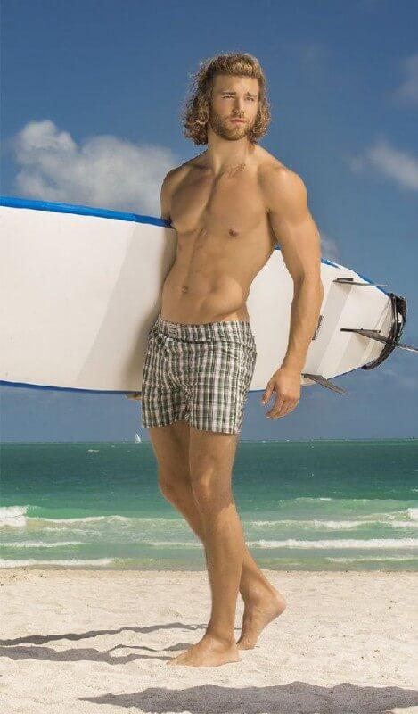 Cole_Monahan_surf
