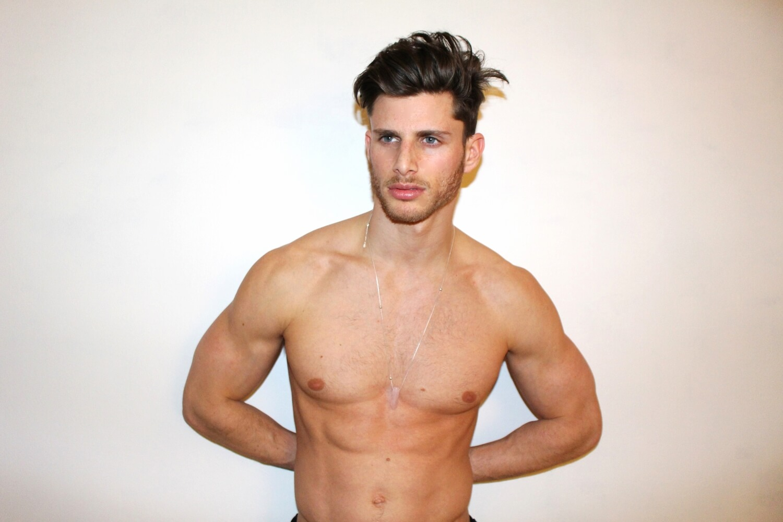 barrett_pall_blogger_gay_fisico_sexy