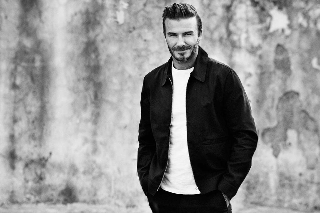 Tutti a nudo nel nuovo spot di H&M con David Beckham