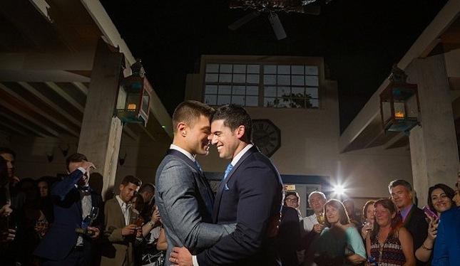 Il Volo canta per un matrimonio gay!
