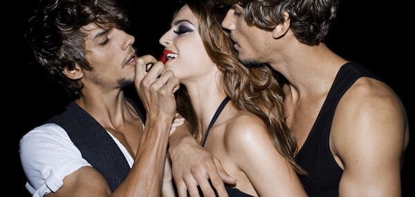 manage a trois due uomini e una donna