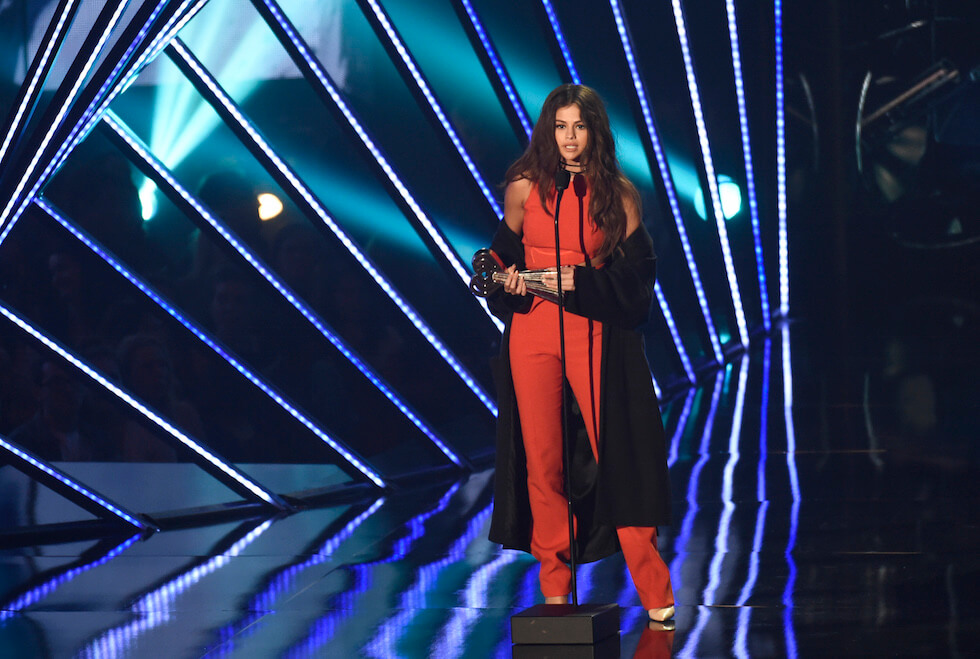iHeartRadio_music_awards_2016_selena_gomez
