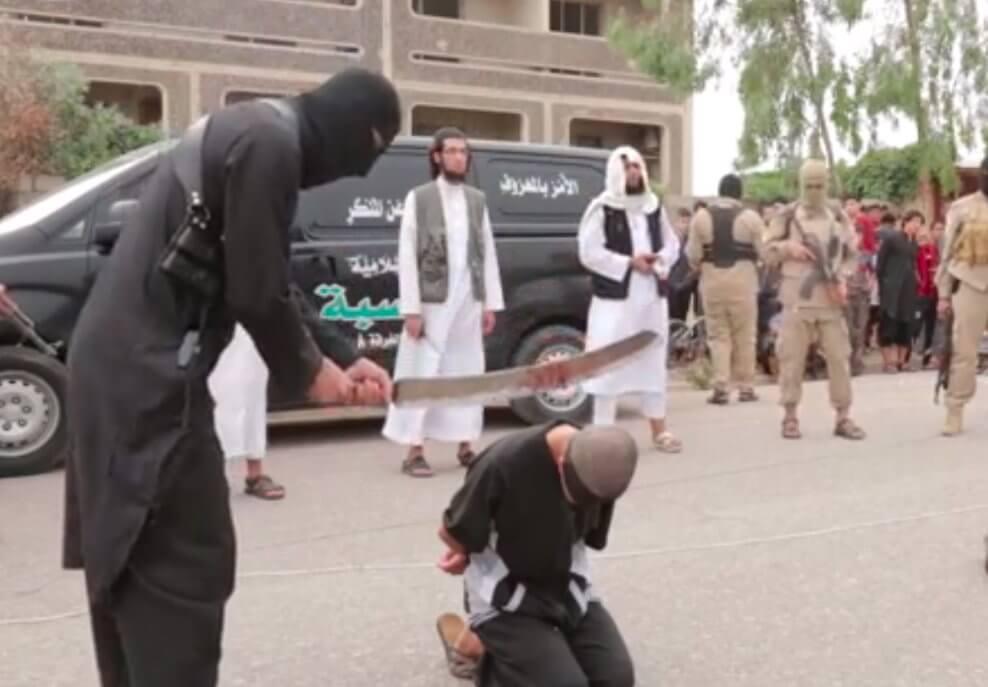 ISIS: nuove esecuzioni di gay, le immagini shock