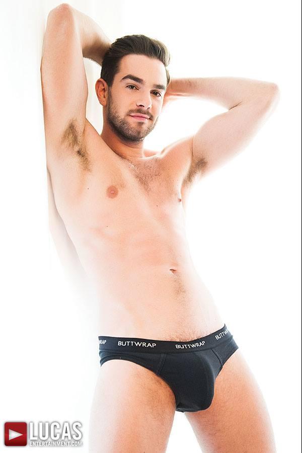 zander_craze_trono_gay_maria_de_filippi_hiv
