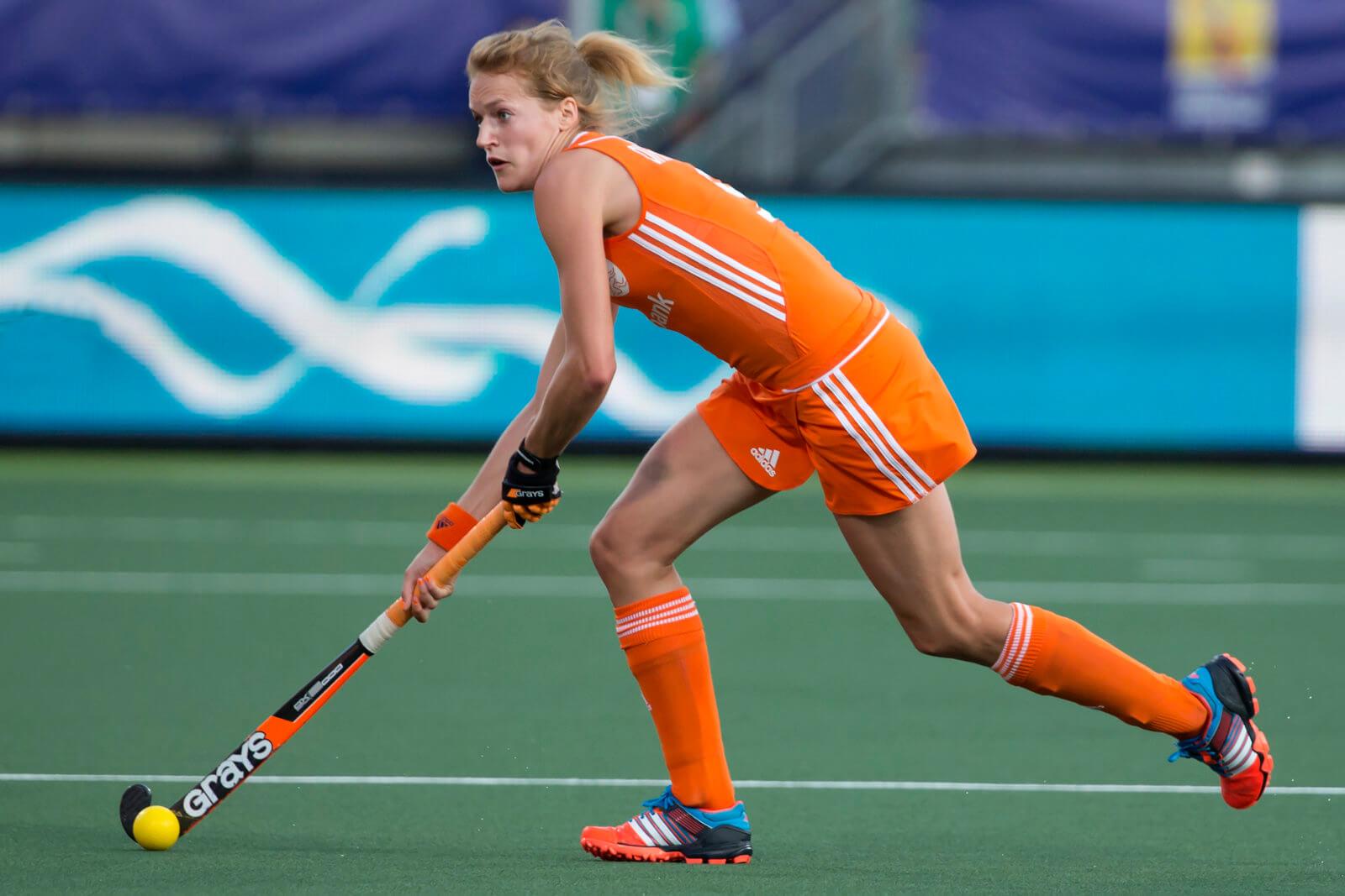 THE HAGUE - Rabobank Hockey World Cup 2014 - 12-06-2014 - WOMEN - SEMI-FINAL THE NETHERLANDS - ARGENTINA 4-0 - Carlien Dirkse van den Heuvel. Copyright: Willem Vernes