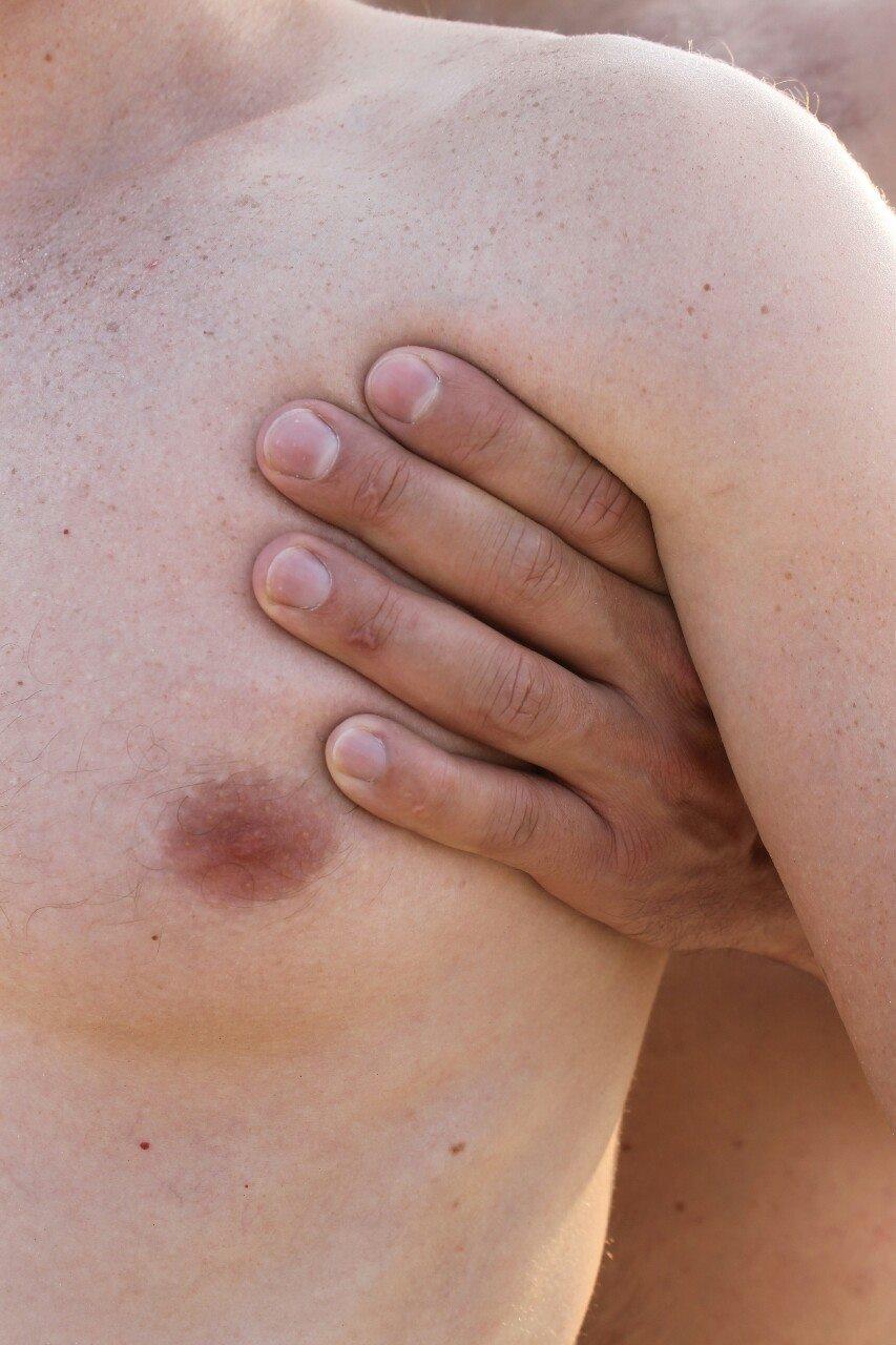La manipolazione del corpo per Anton Shebetko: perversioni sessuali e fantasie diventano reali