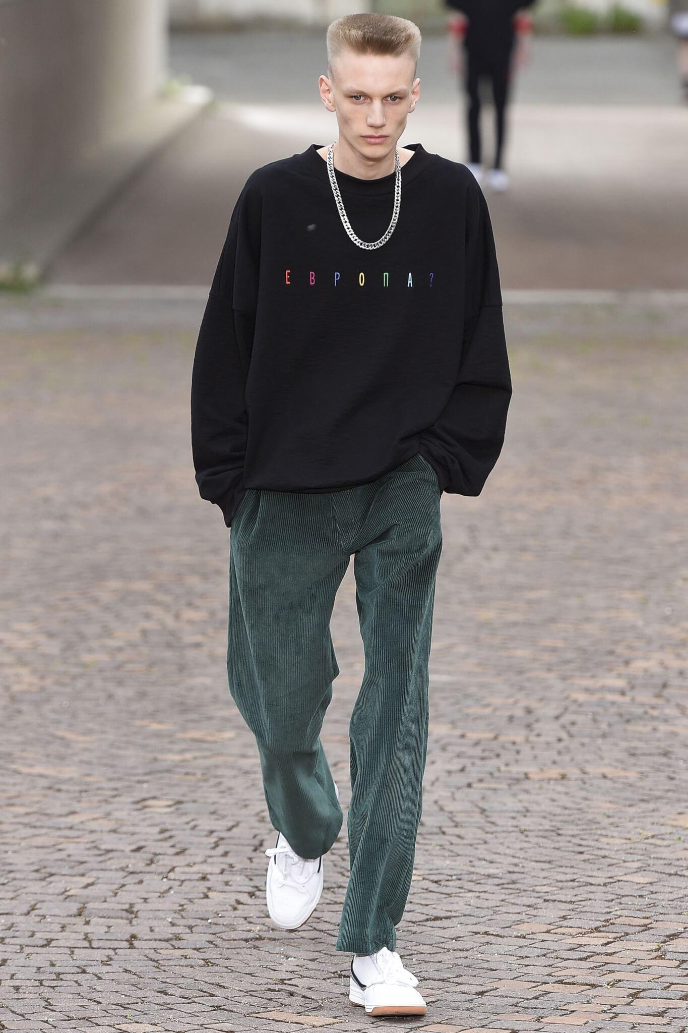 Moda uomo: slogan e statement politici da indossare