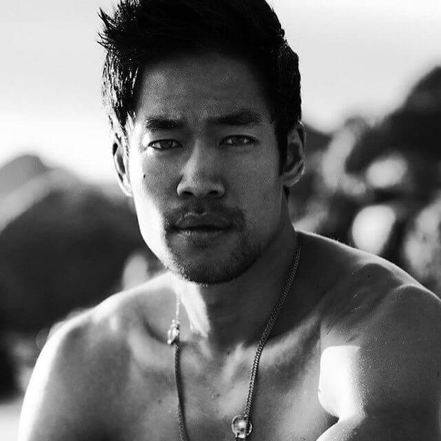 Questo account Instagram dimostra che gli asiatici possono essere molto sexy