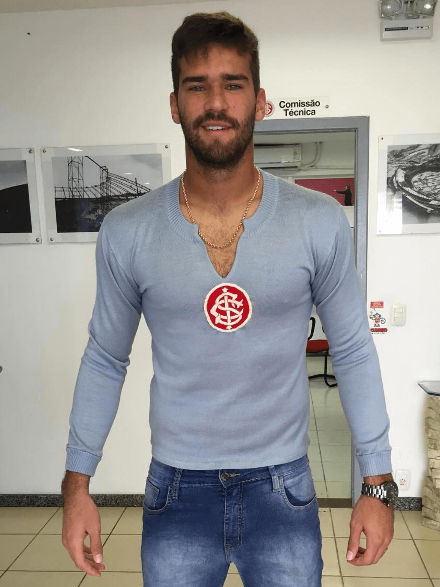 Alisson Becker 2017-09-25 alle 14.24.34
