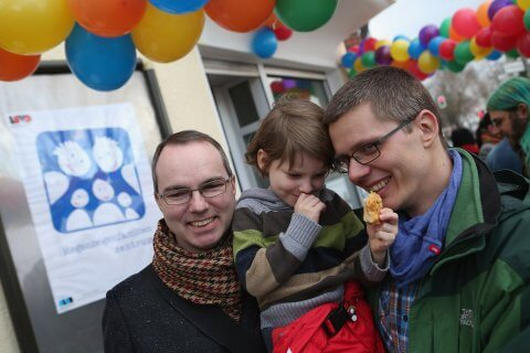 Germania, prima adozione gay