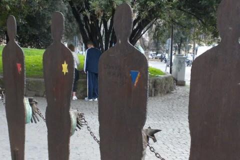 omocausto