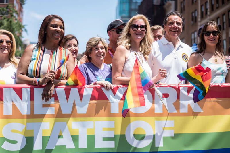 New York Pride, a migliaia per le strade: la gallery del corteo (con Lady Gaga)
