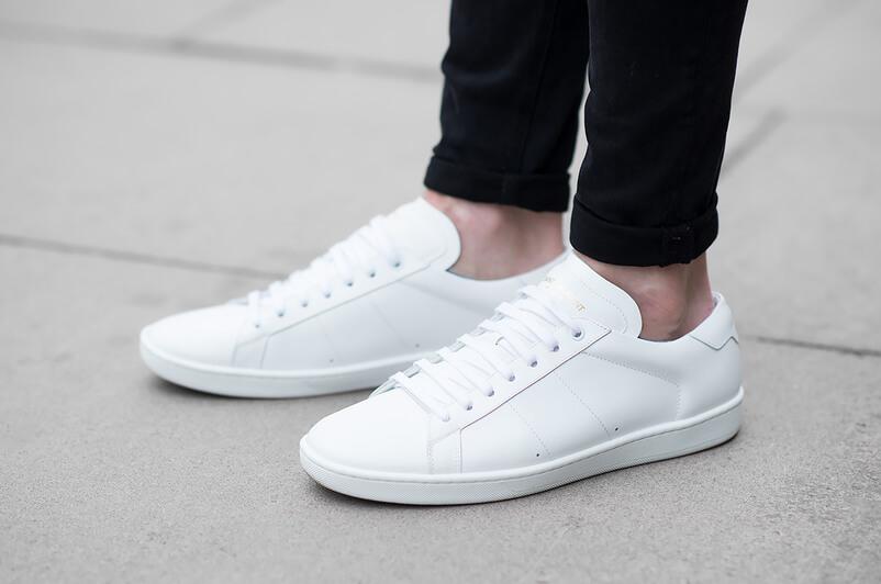 Ecco perché le sneaker bianche non passeranno mai di moda