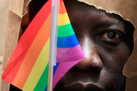 Migranti: accogliere gay non protetti nel loro Paese