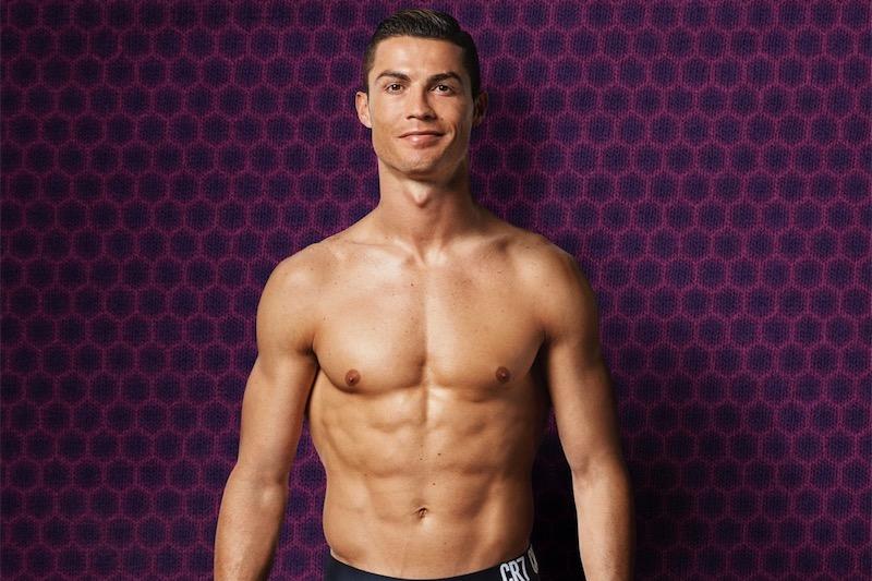 Cristiano Ronaldo alla Juventus, arriva in Italia il calciatore più forte, metrosexual e divinizzato