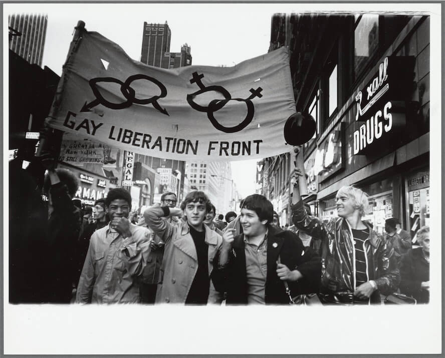 Love-and-Resistance-Diana-Davies-New-York-Public-Library-4