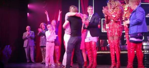 proposta_matrimonio_gay_kinky_boots_broadway